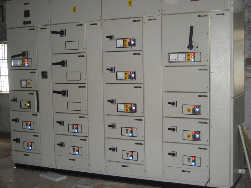 Drawout Panel APFC control panel Electrical Panels manufacturers ...